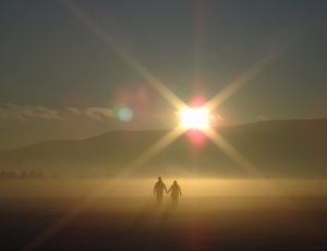 hold-hands-sun-holds